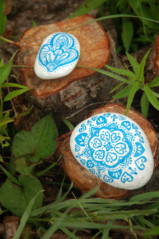 Painted-Stones-1