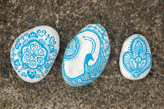 Painted-Stones-4