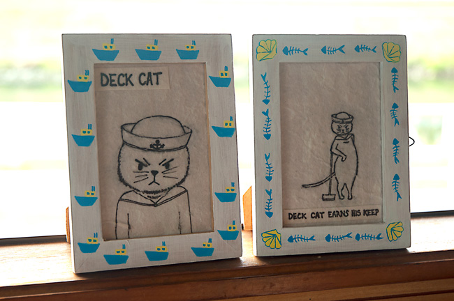 Deck-Cat-Painted-Photo-Frame-Complete